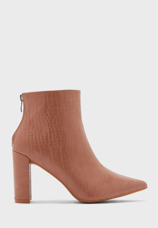 Croc Rounded Point Block Boot