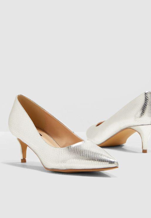 Simple Kitten Heel Court Shoe