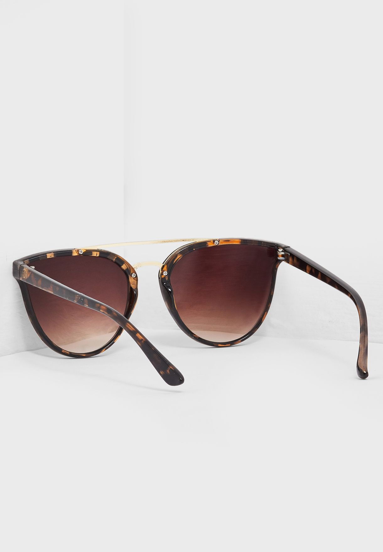 Walu Cat Eye Sunglass