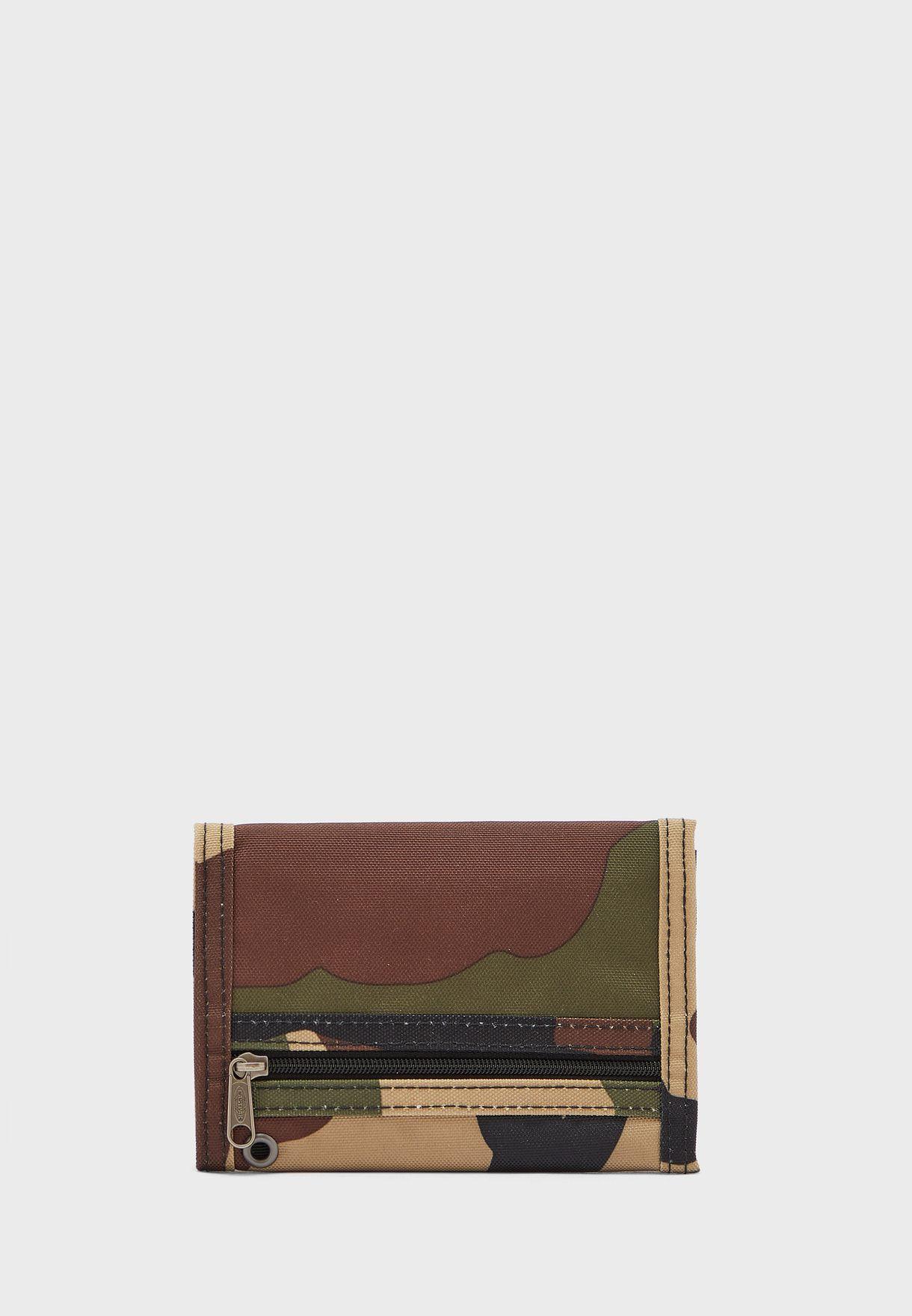 محفظة مطبعة بثلاث طيّات