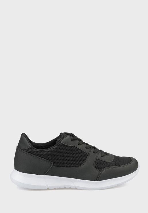 Polaris Low Top Sneakers