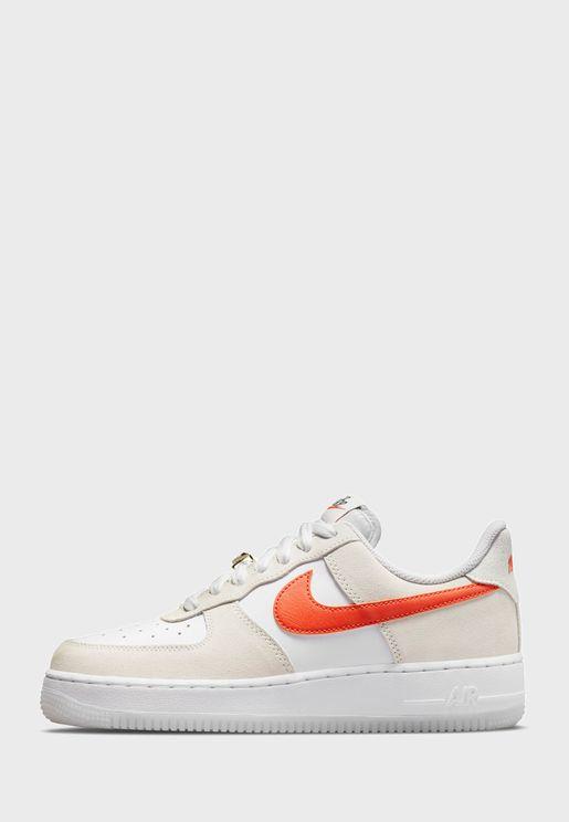 حذاء رياضي بكاحل منخفض