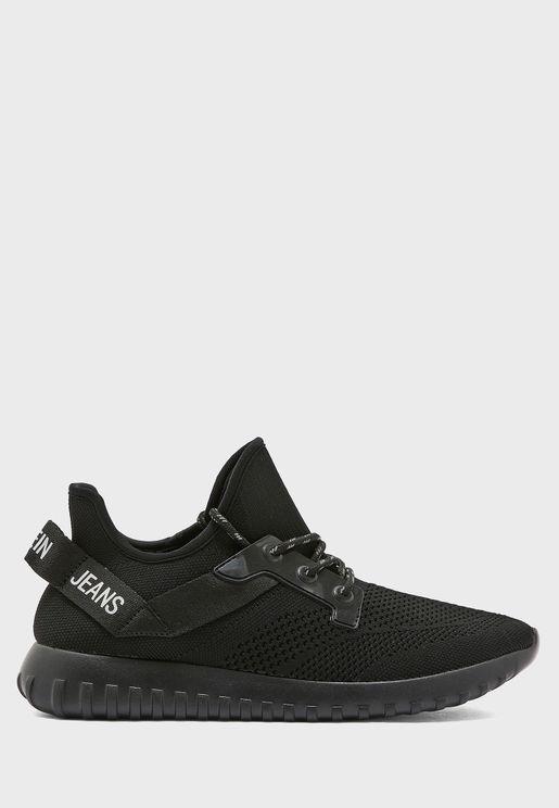Rejan Sneakers