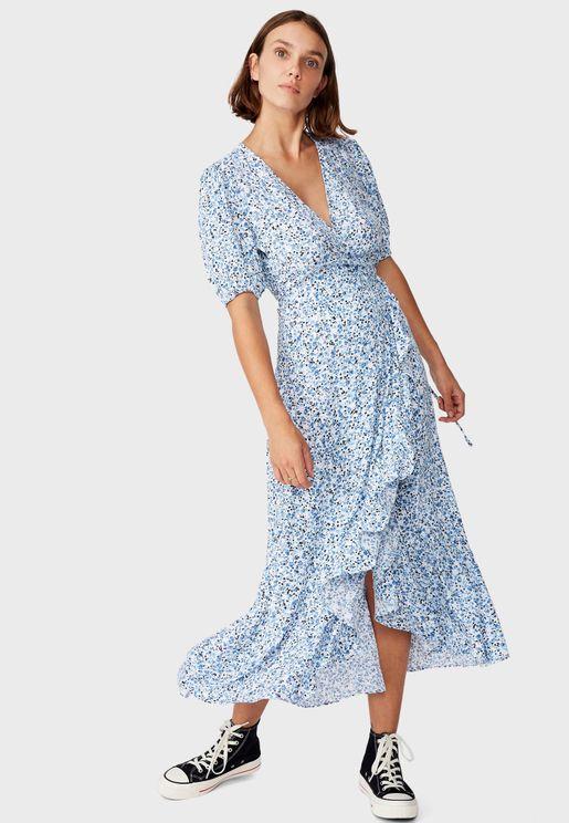 فستان ماكسي لف مزين بالكشكش