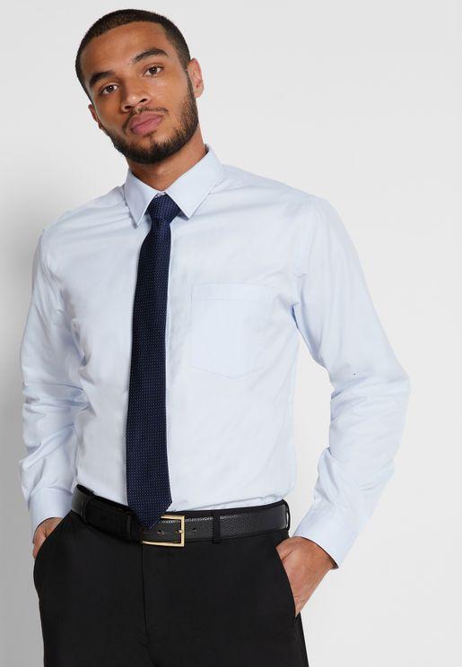 قميص وربطة عنق