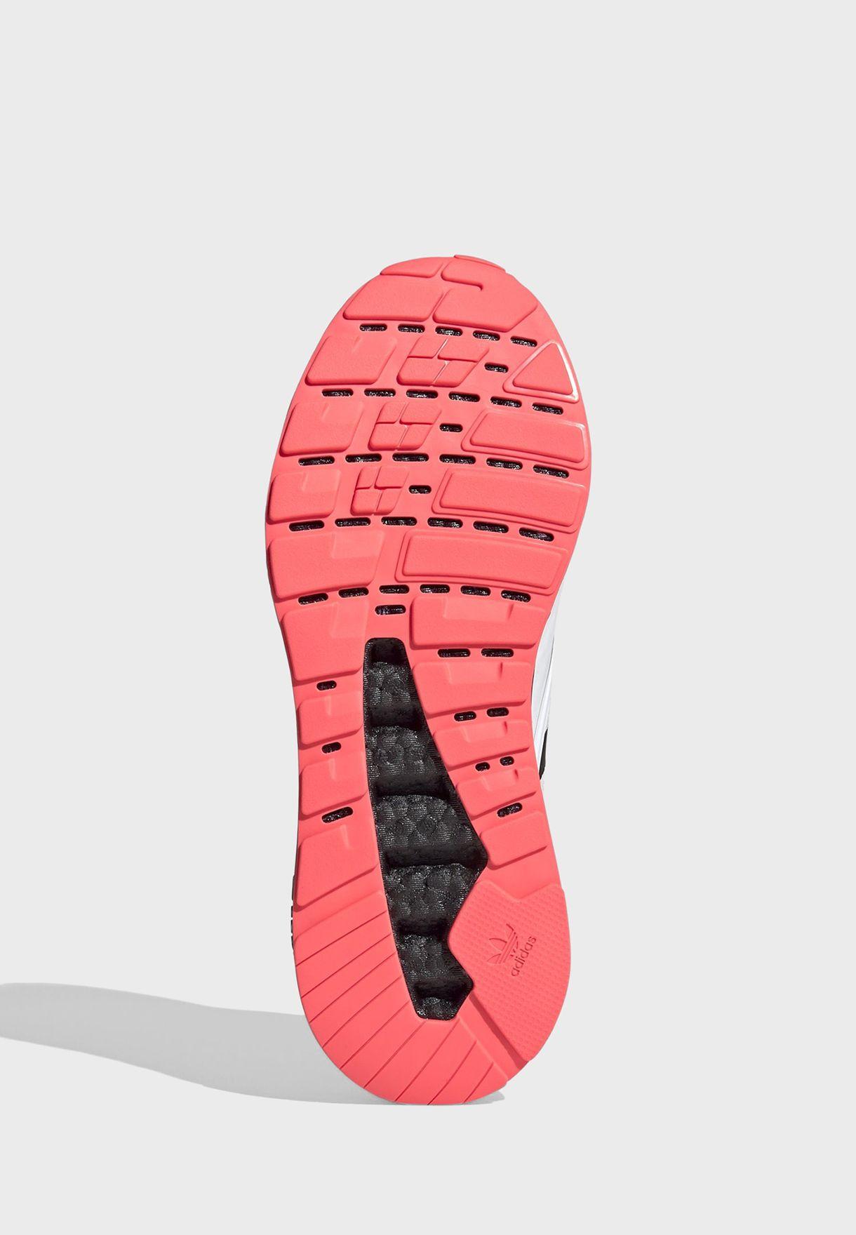 حذاء زد اكس 2 كيه بوست