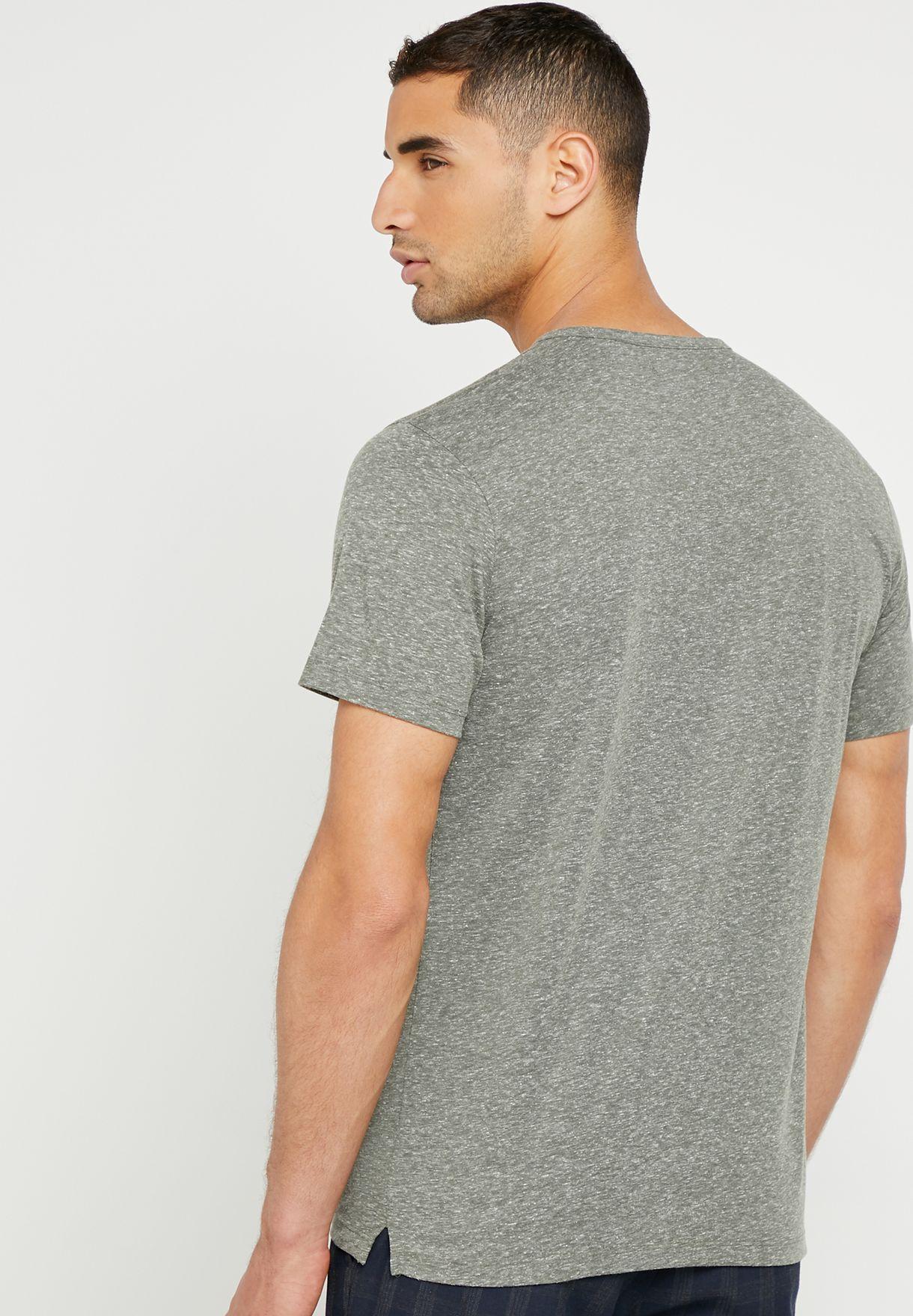 Julian Buttoned Neck T-Shirt