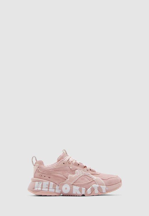 حذاء من مجموعة هالو كيتي