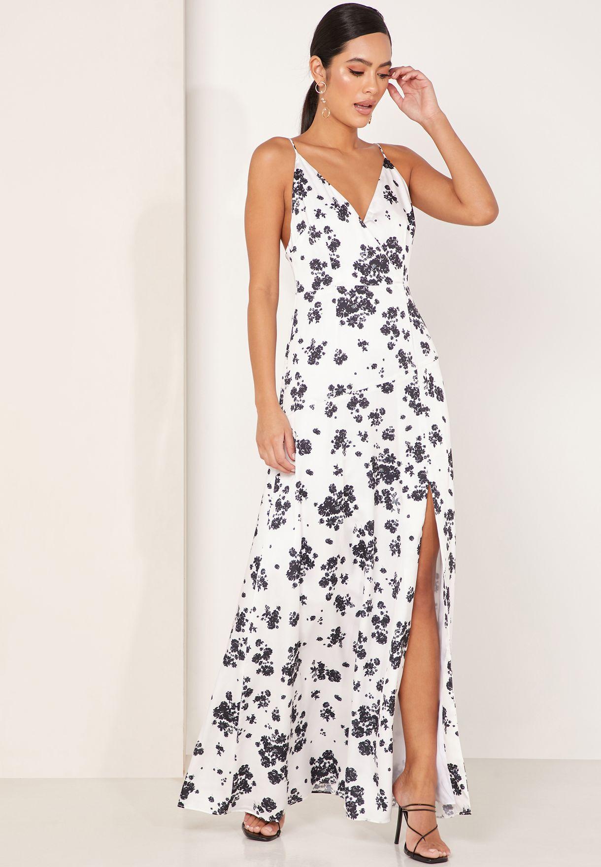 فستان مكسي بحمالات وطبعات ازهار