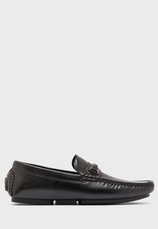 حذاء لوفر كلاسيكي