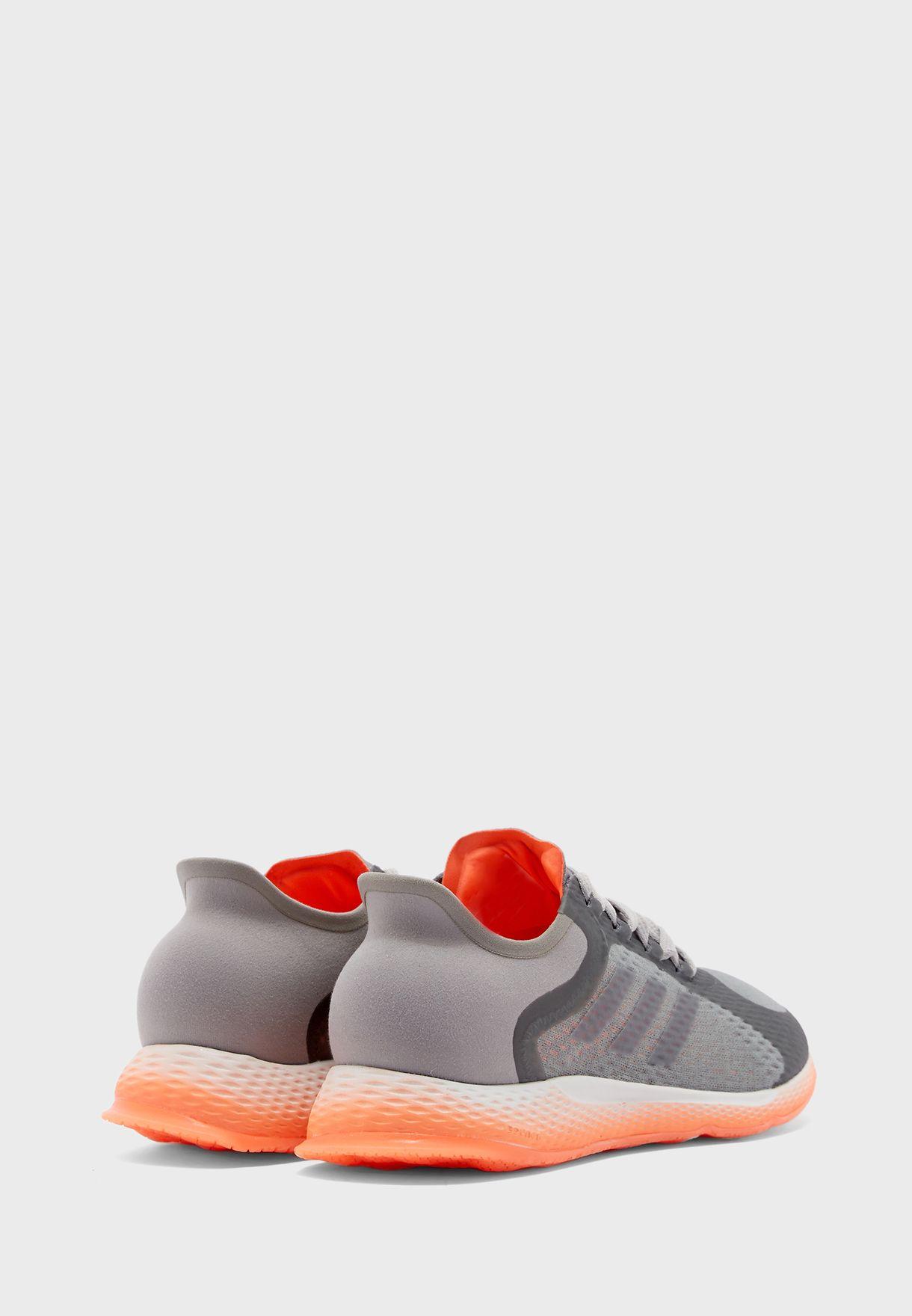 حذاء فوكس بريثلين