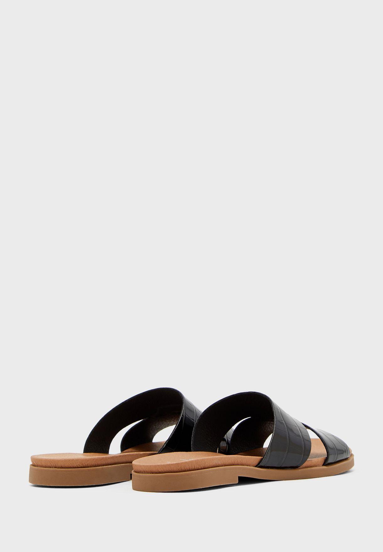 Flyer  Flat Sandal