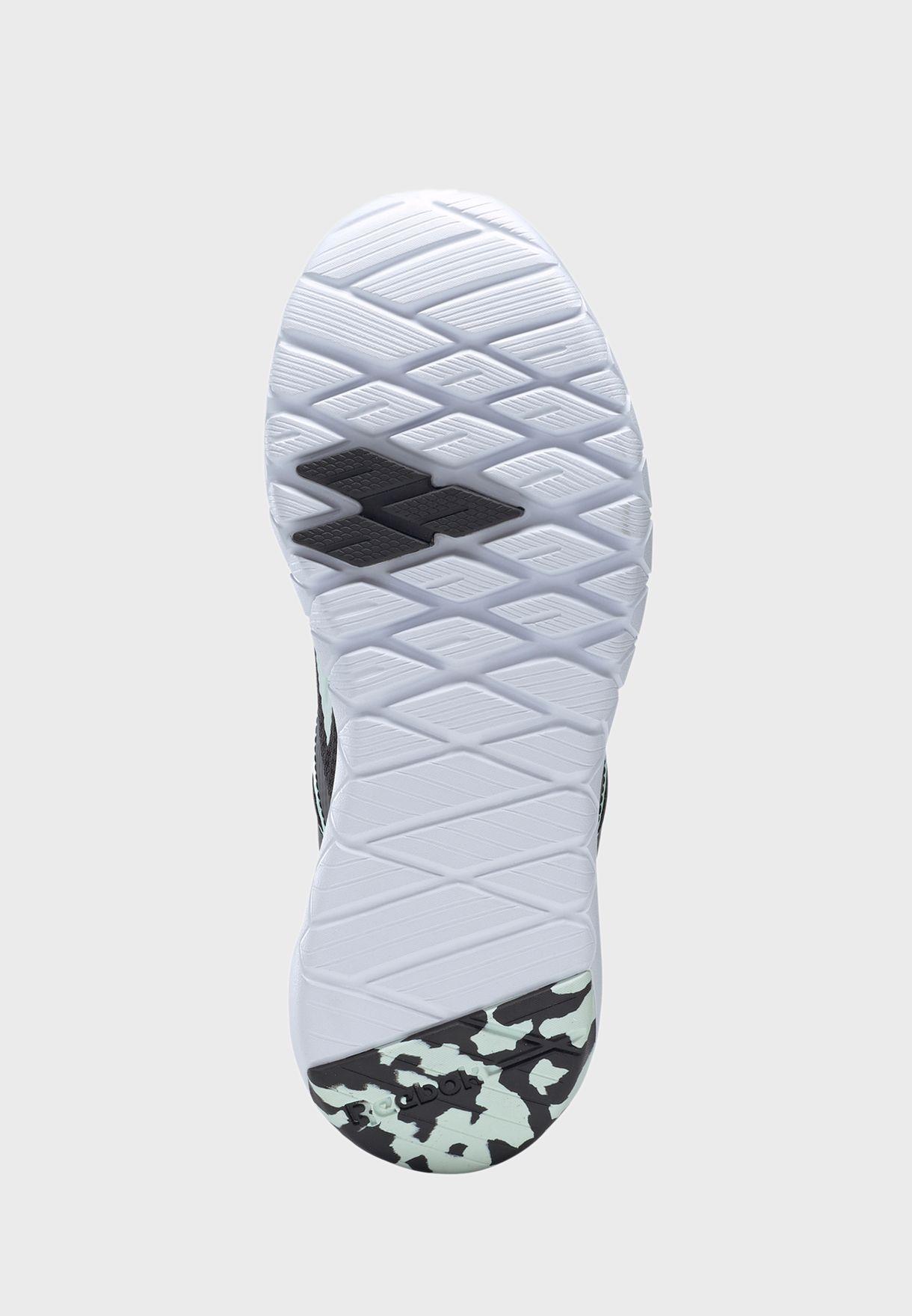 حذاء ميجا فلكساجون