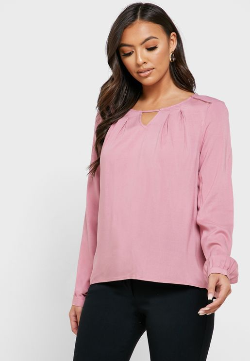 Keyhole Pleated Top