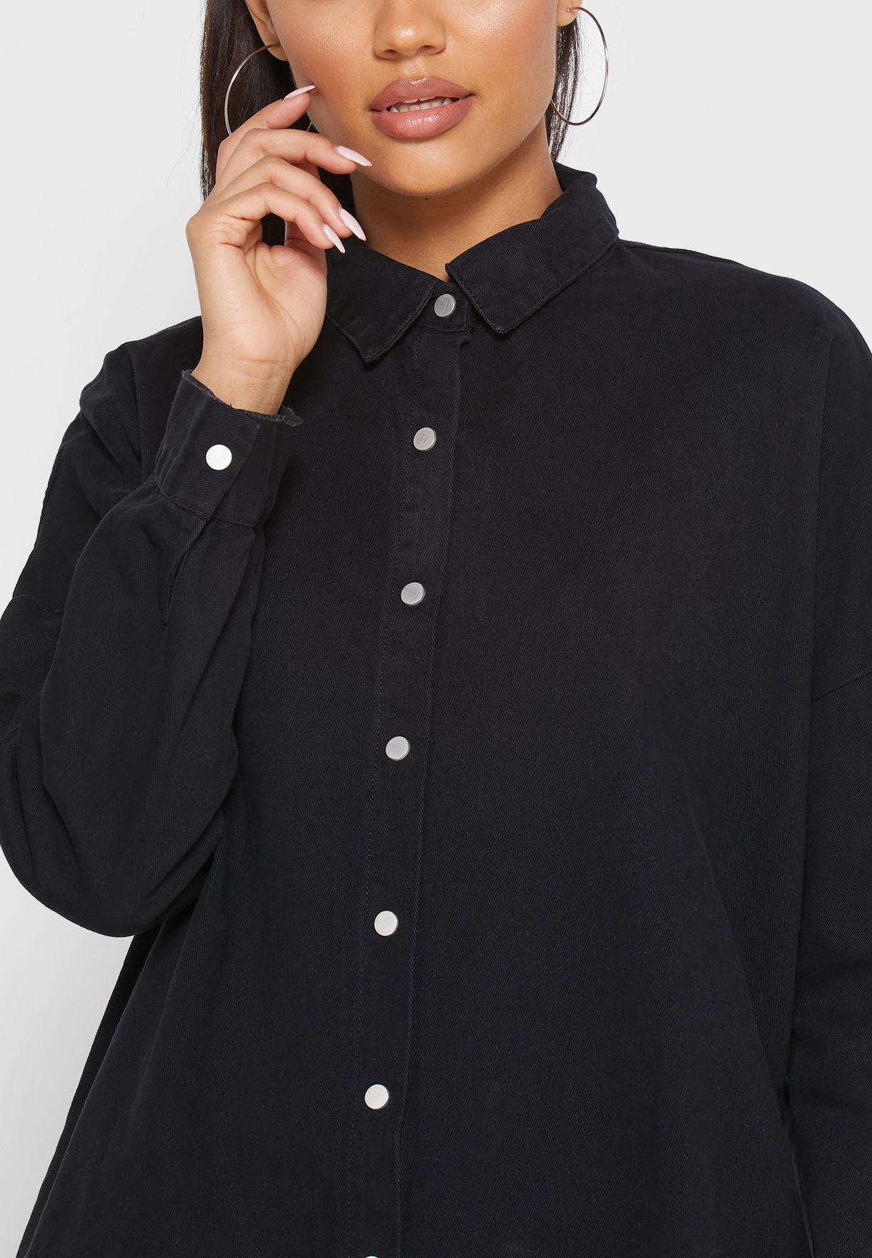 قميص جينز واسع
