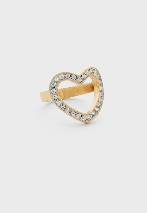 خاتم على شكل قلب