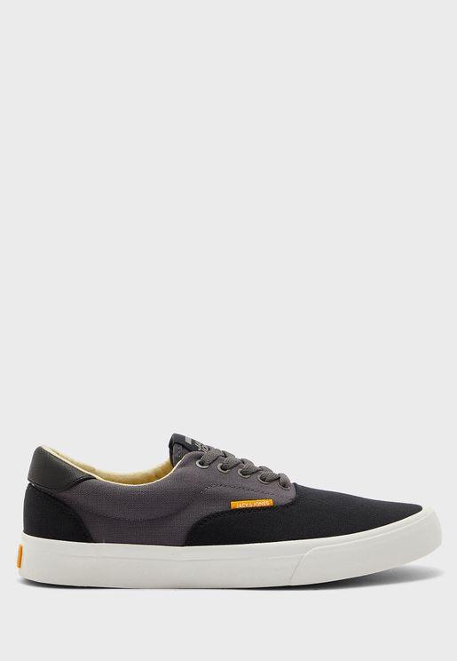 Mork Sneaker