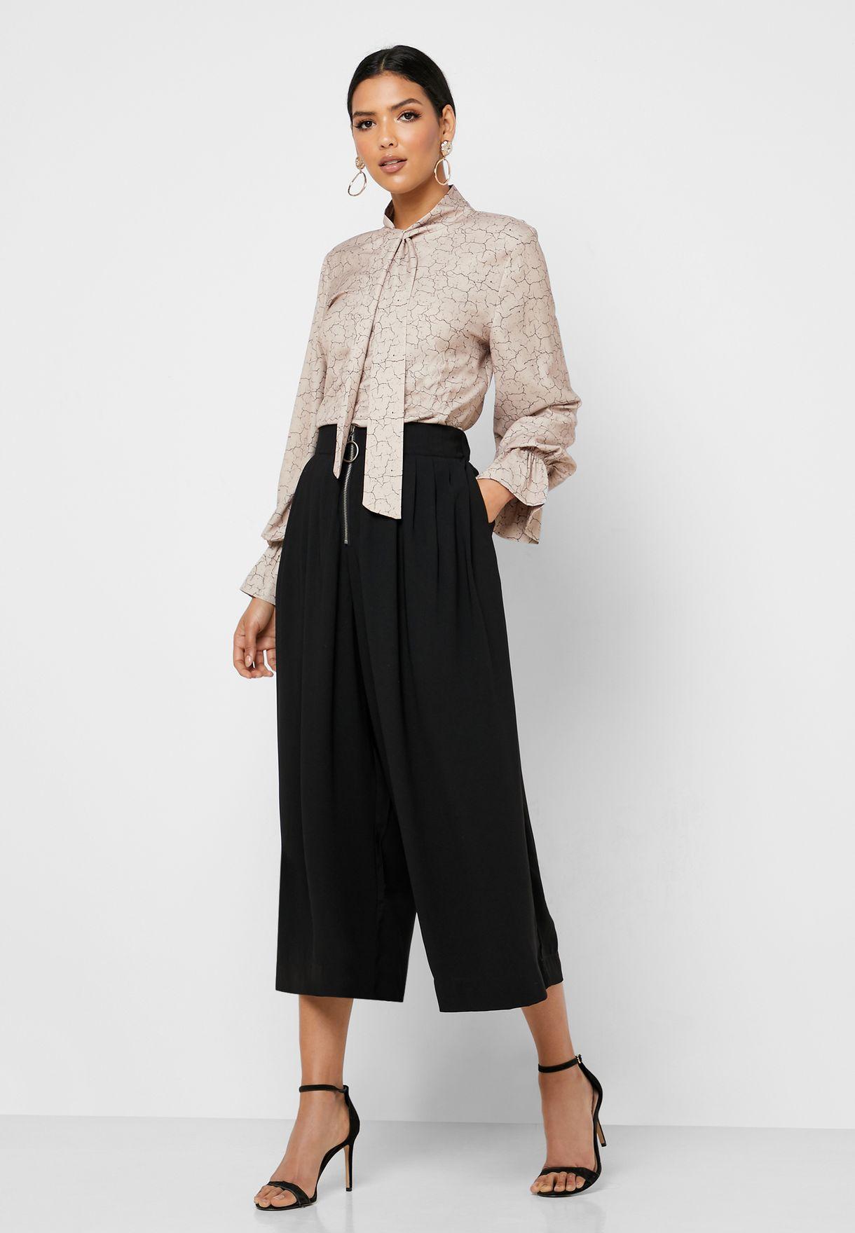 Zip Detail Pleated Skirt