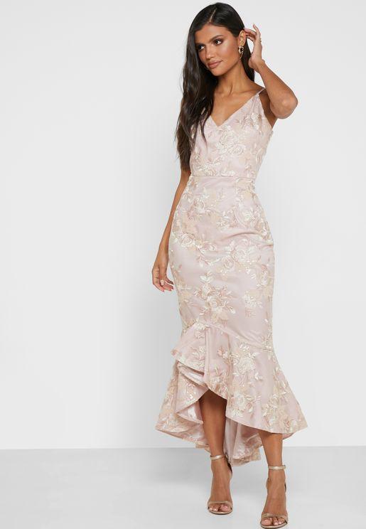 Una Fishtail Hem Lace Dress
