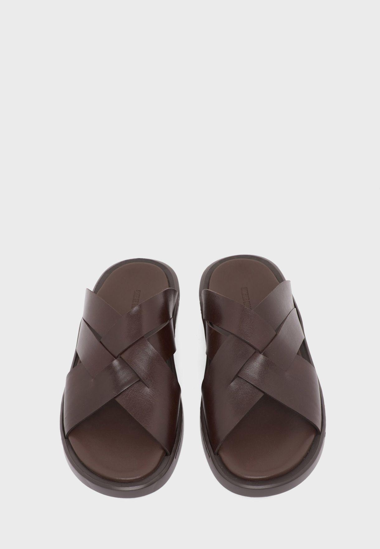 N-Classic Cross Strap Sandal
