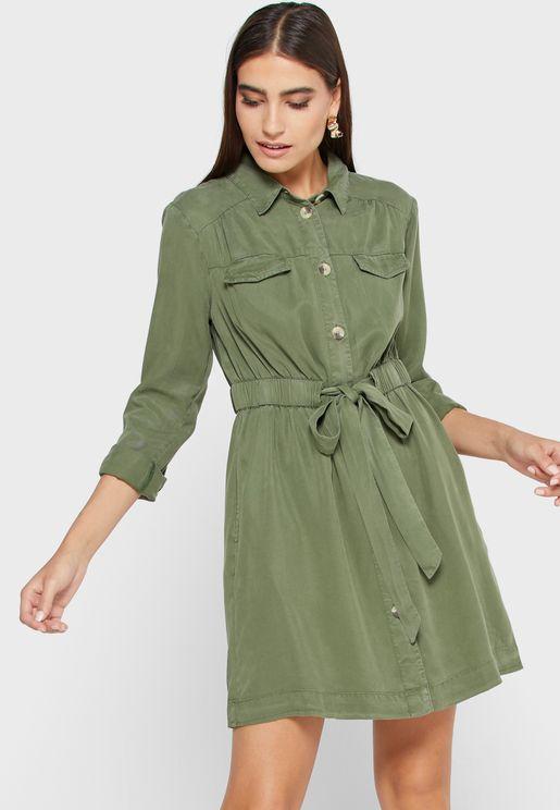 فستان بنمط قميص
