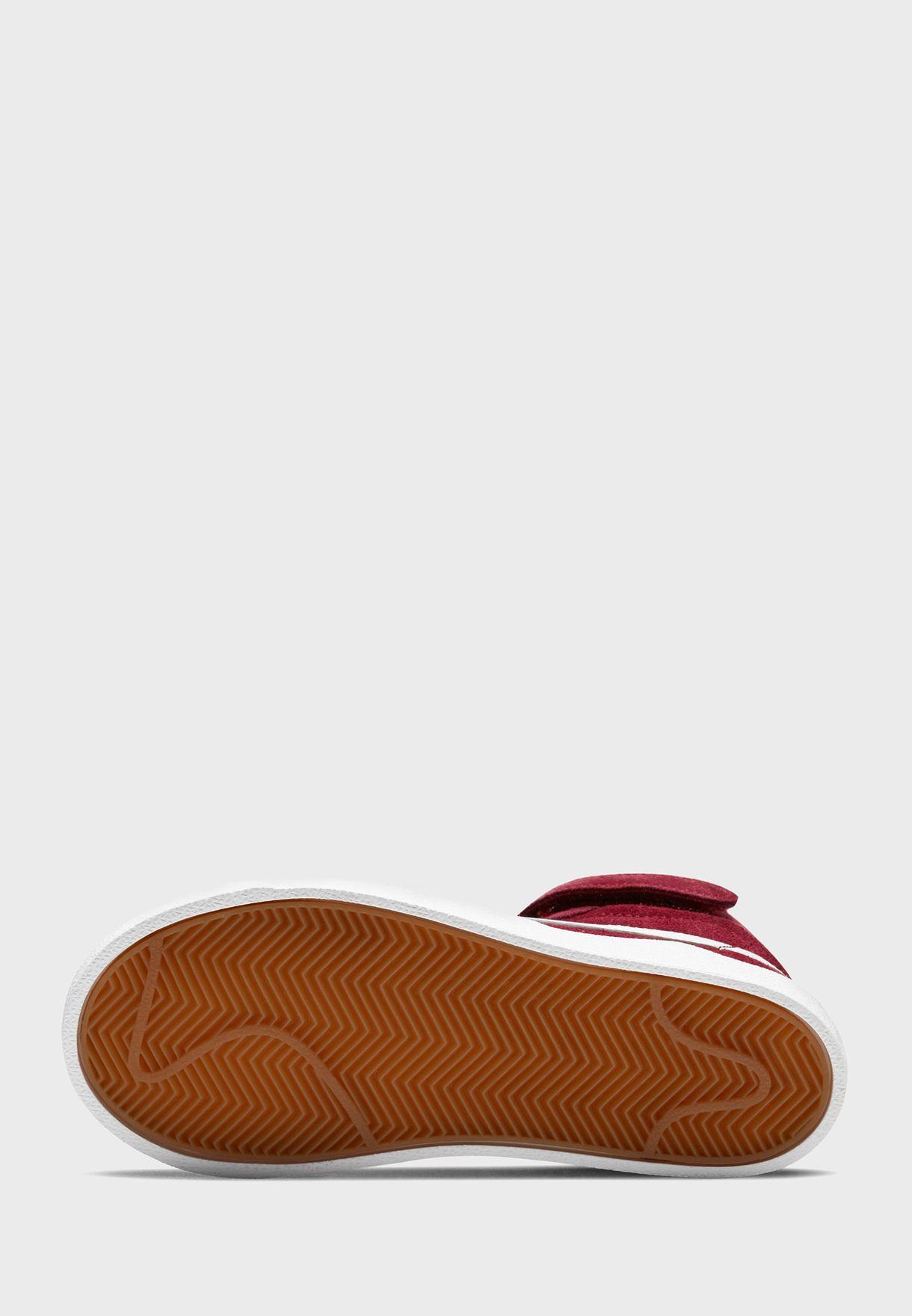 حذاء بليزر ميد 77' سويد
