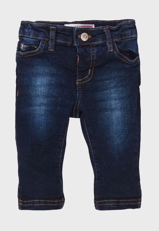 جينز قصير كلاسيكي