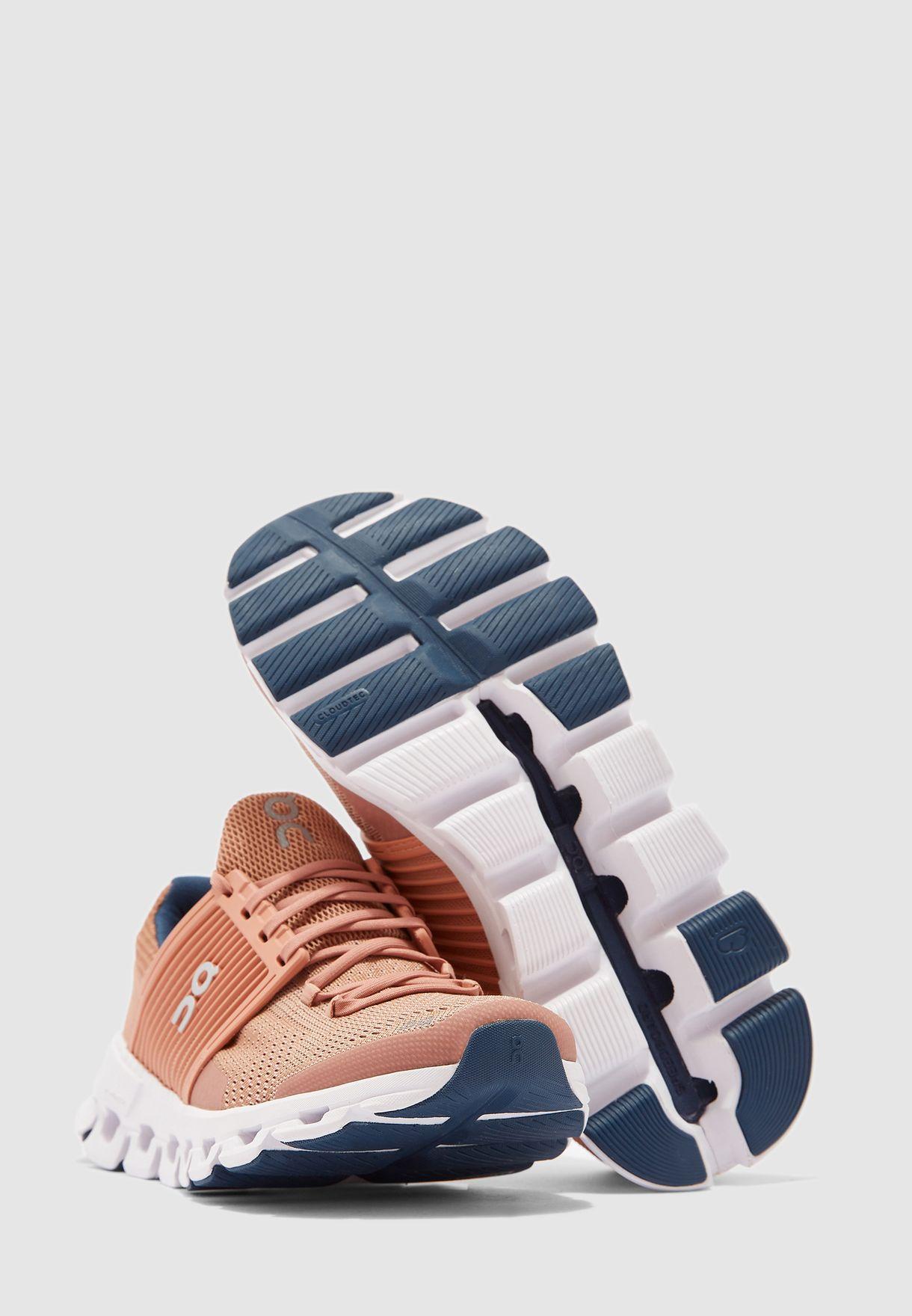حذاء كلاود سويفت