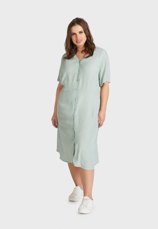 فستان بياقة V مع ازرار