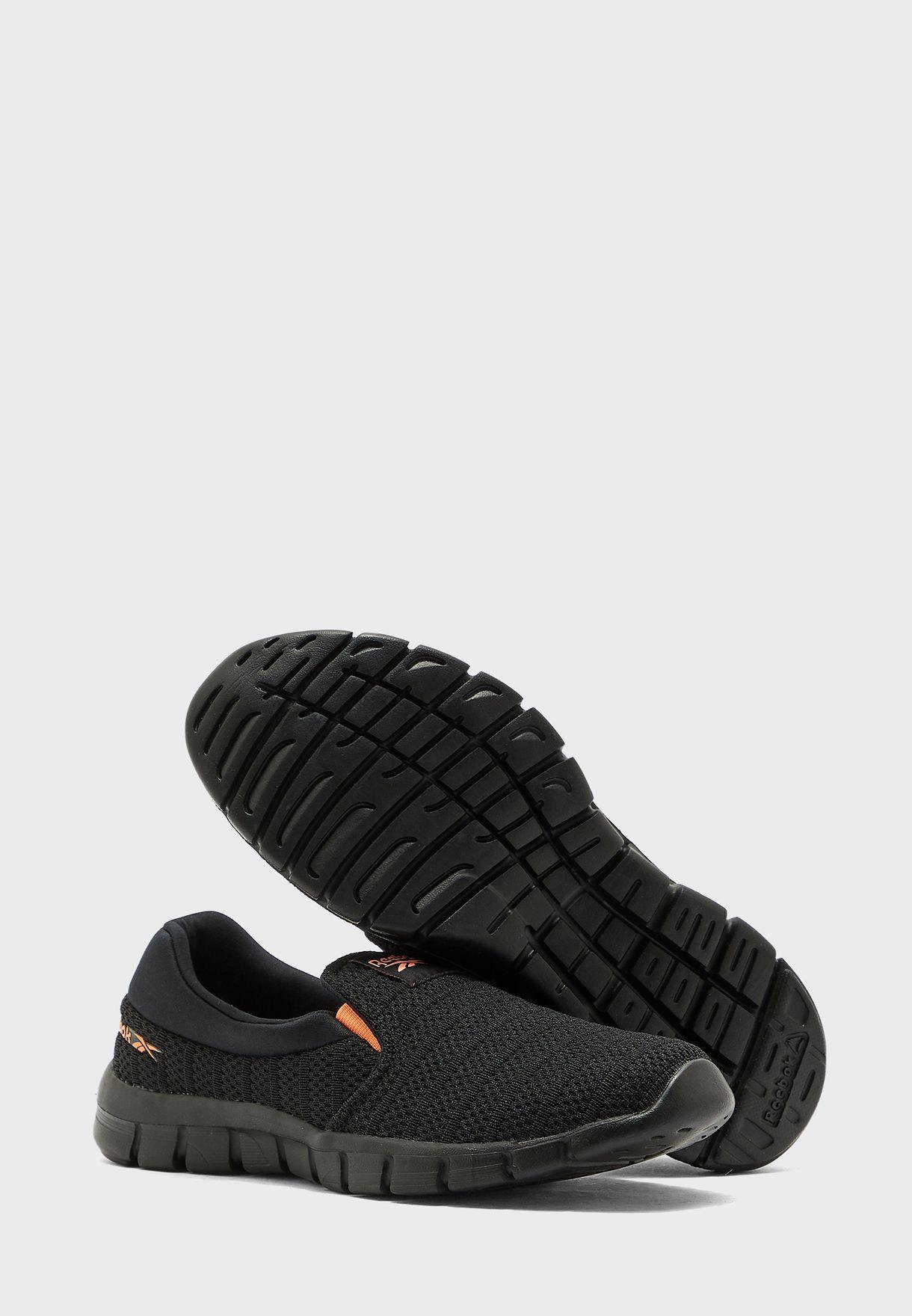 حذاء ليب سهل الارتداء
