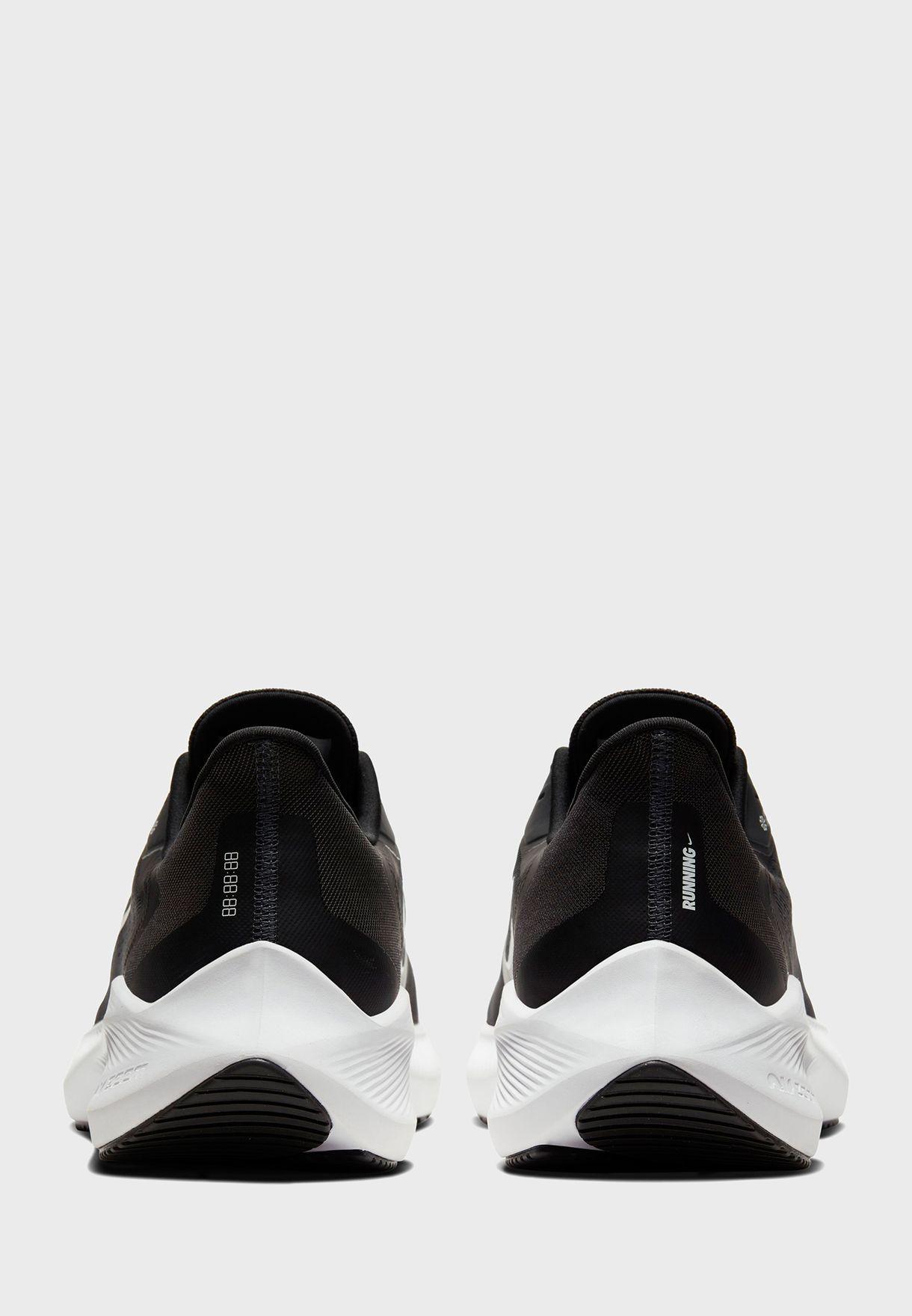 حذاء زوم وينفلو 7