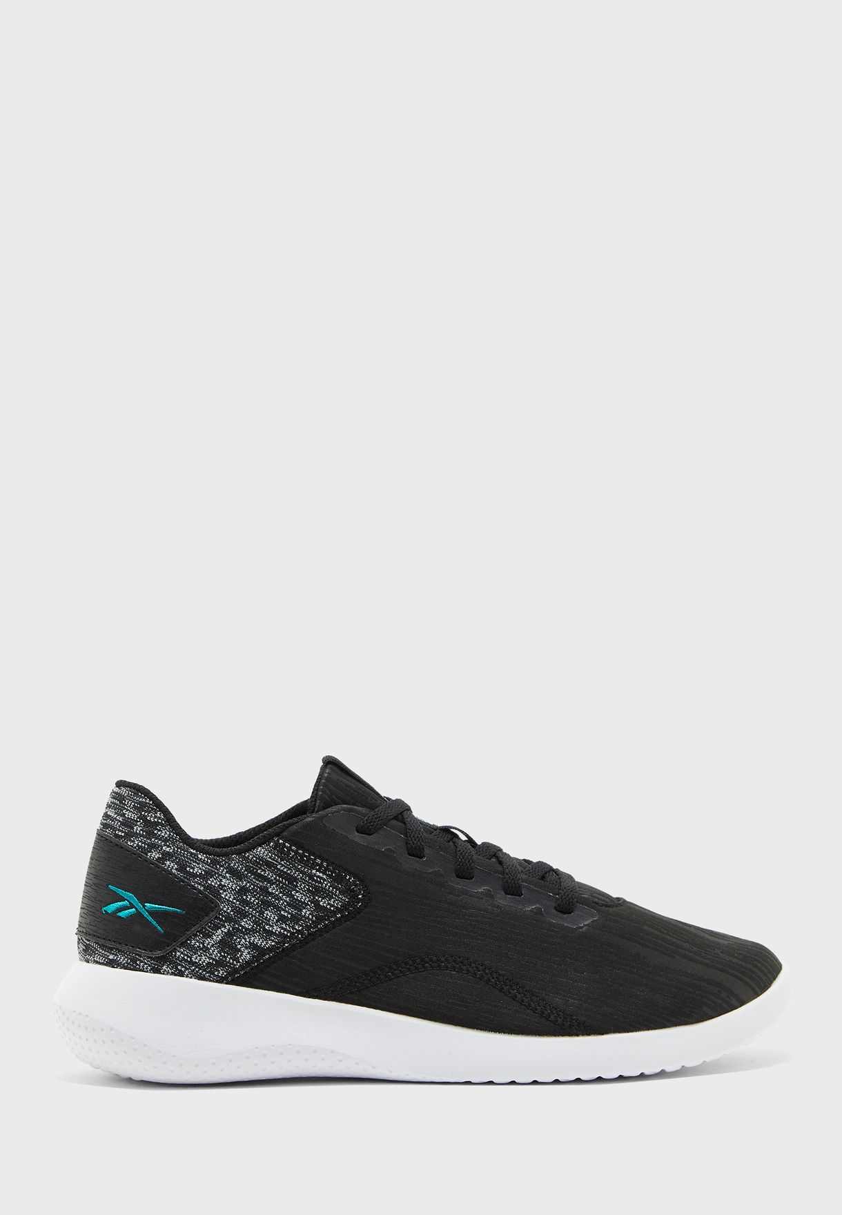 حذاء اردارا 2.0