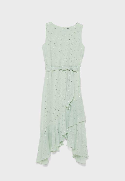 فستان بأطراف مكشكشة غير متماثلة الطول