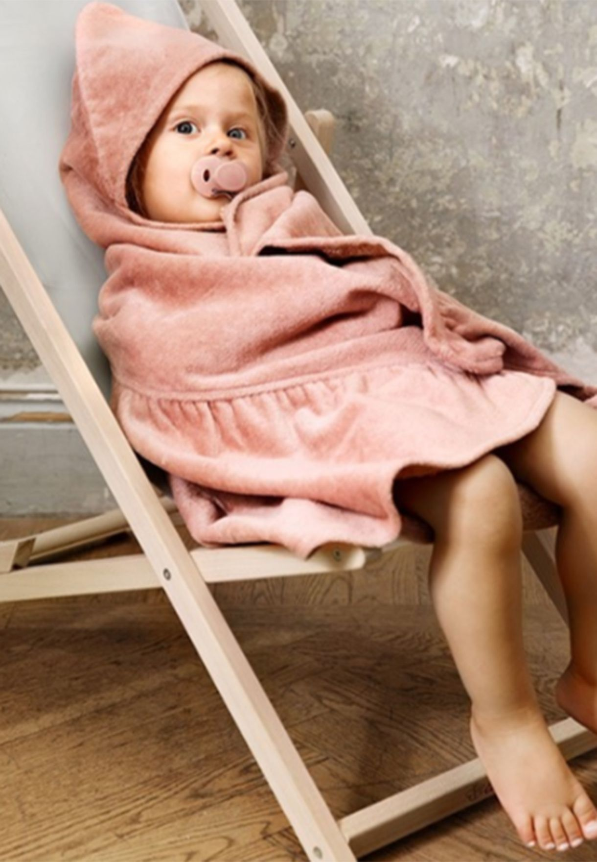 Faded Rose Hooded Towel