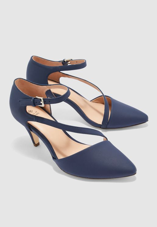 Emelya Pointed Toe Pump - Navy