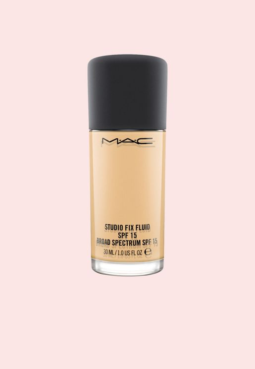 Studio Fix Fluid SPF 15 Foundation - NC 18