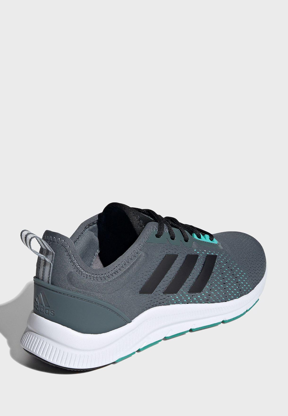 حذاء از وي ترين