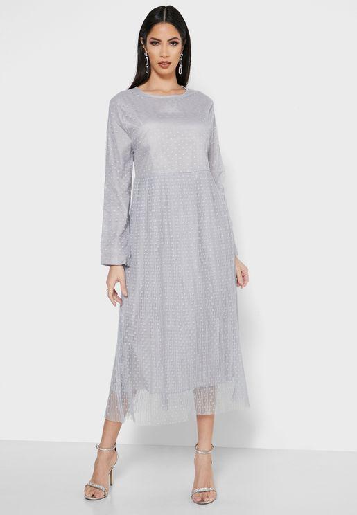فستان ميدي بطبقة شبك وطبعات نقاط