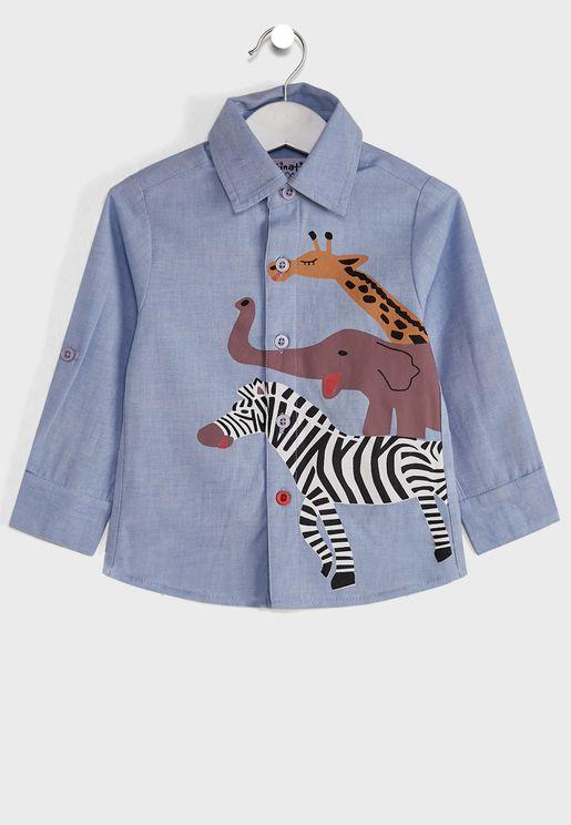 قميص كاجوال بطباعة غرافيك
