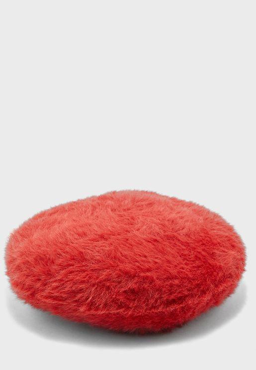 قبعة من الفرو