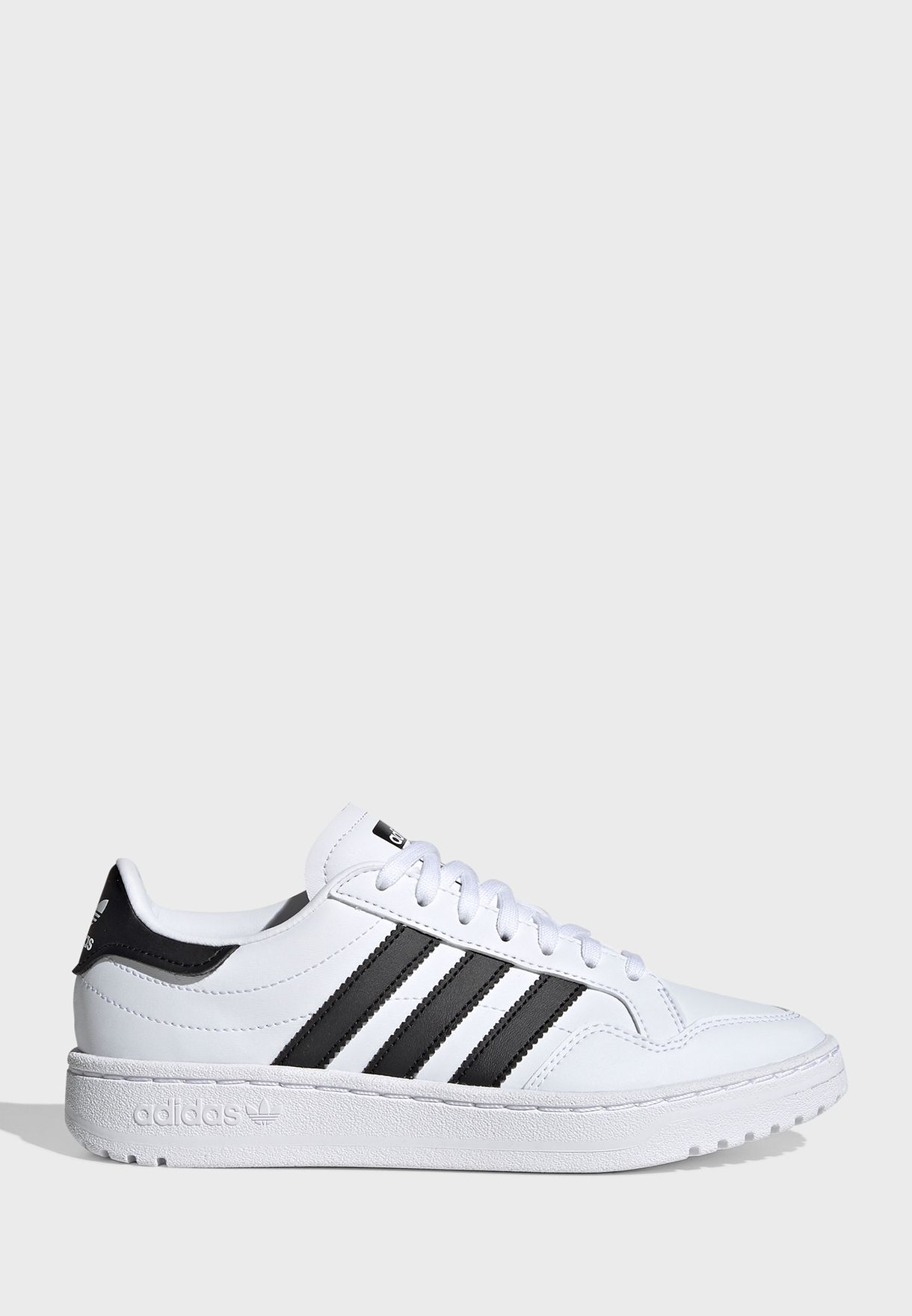حذاء تيم كورت