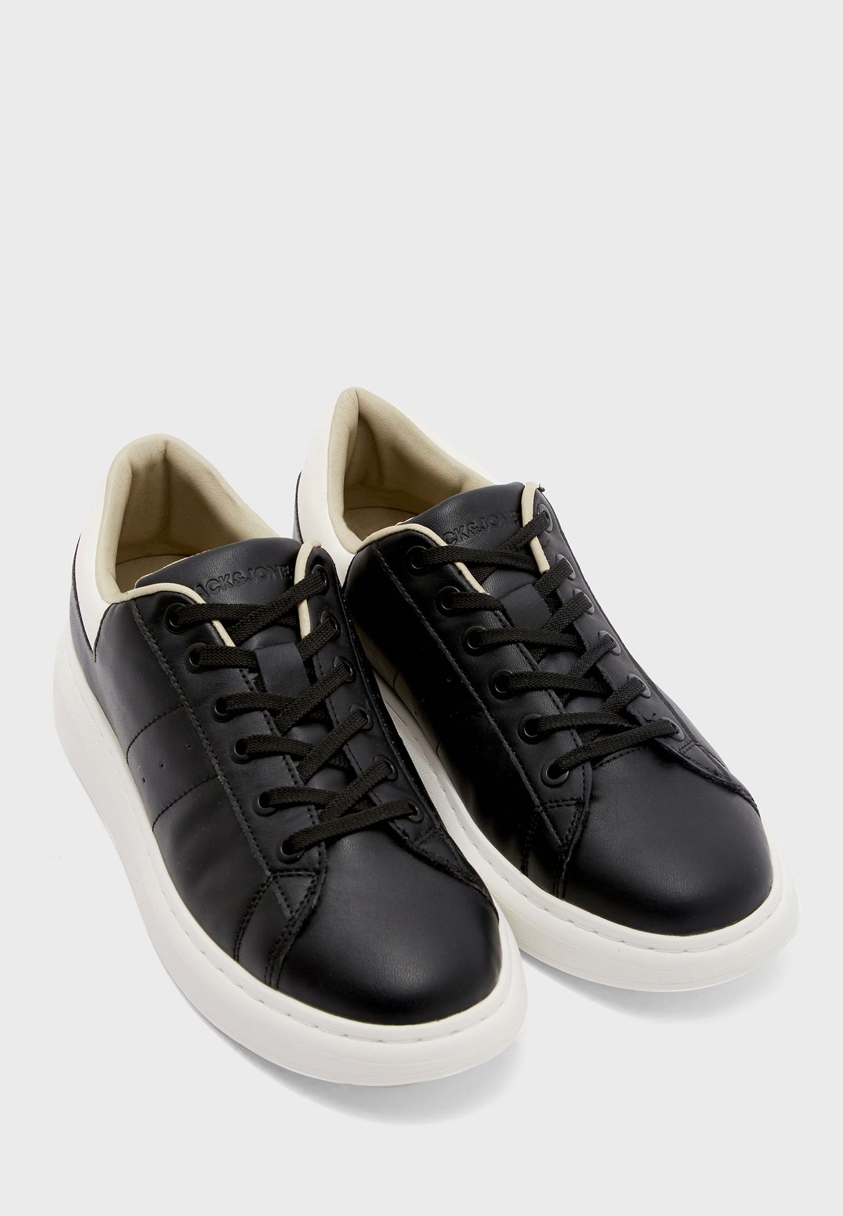 Liam Sneakers