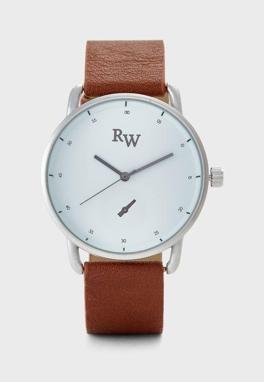 Curved Lugs Sleek Watch