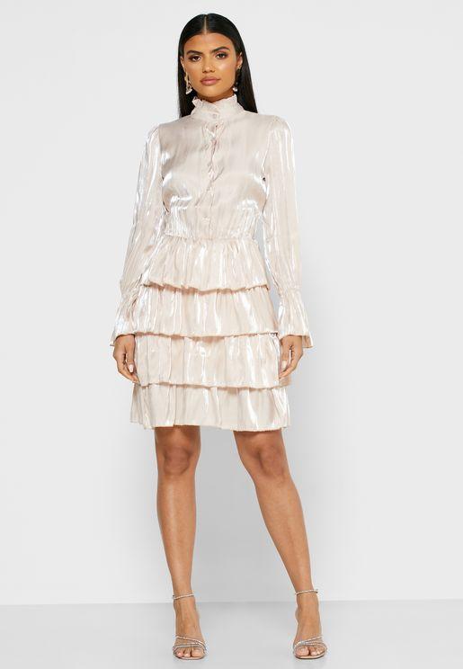 فستان ميني متعدد الطبقات