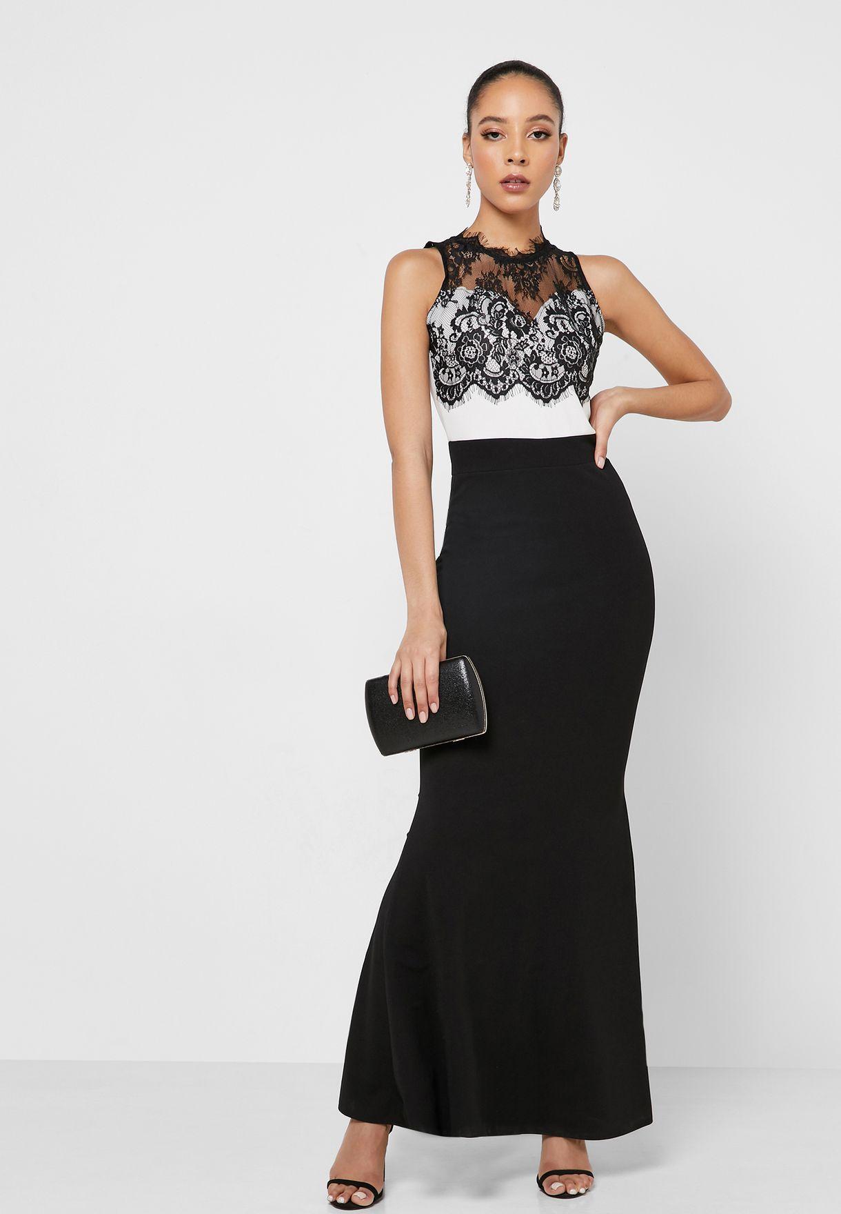 فستان مكسي بنمط كتل الالوان