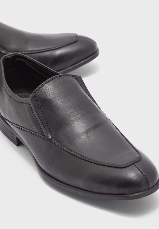 حذاء رسمي سهل الارتداء بنعل جل داخلي