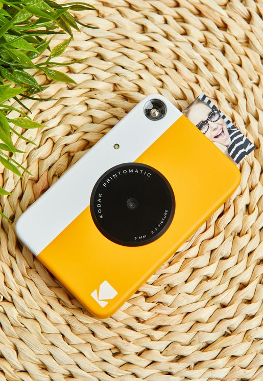 كاميرا بطباعة فورية