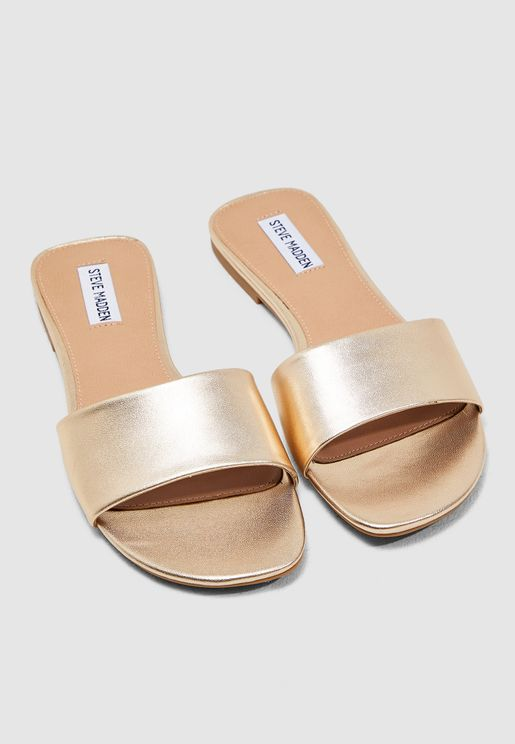 da7e9ce737a Steve Madden Flat Sandals for Women | Online Shopping at Namshi UAE