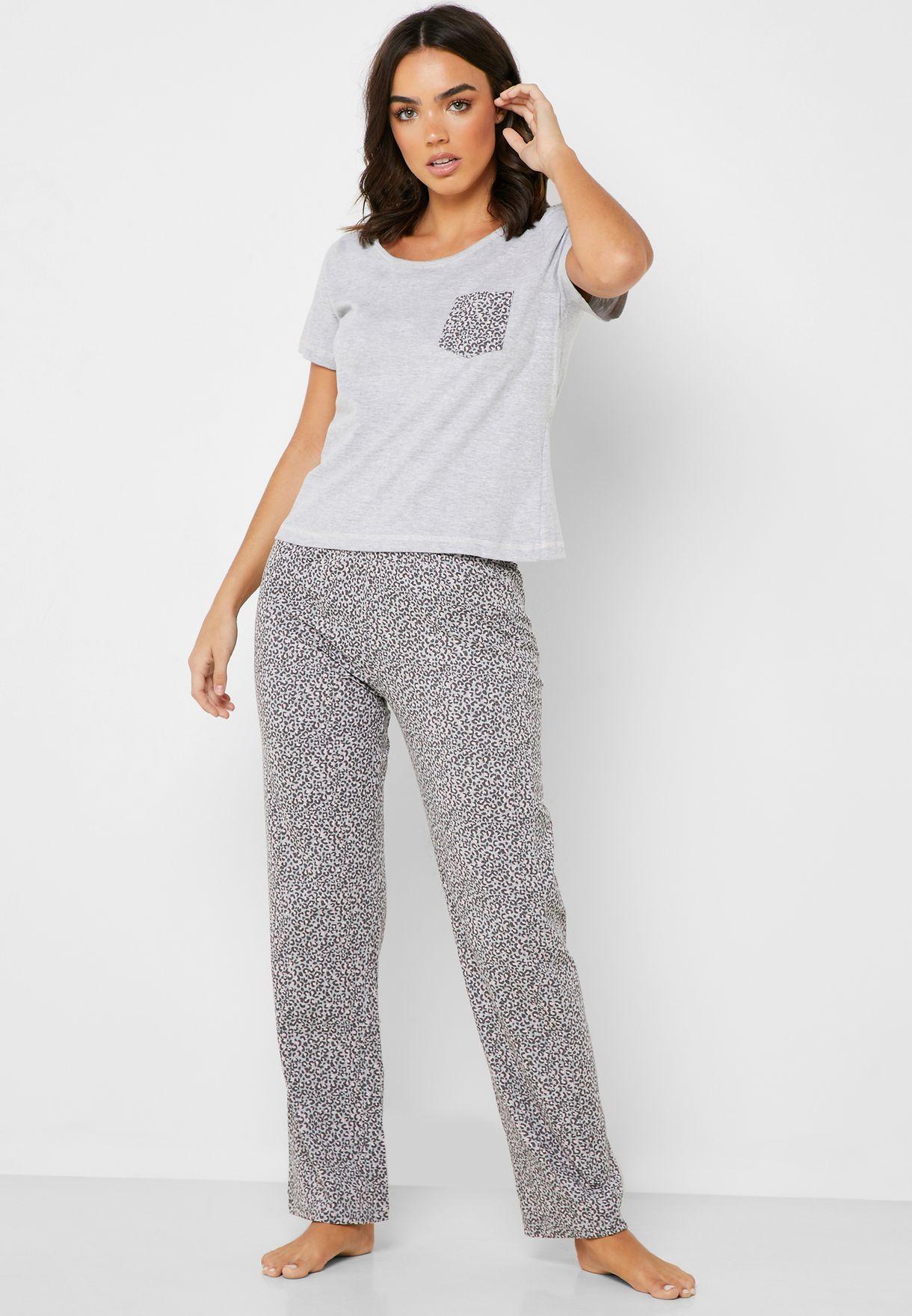 Leopard Print T-Shirt & Pyjama Set