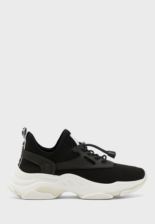 Match Low Top Sneaker